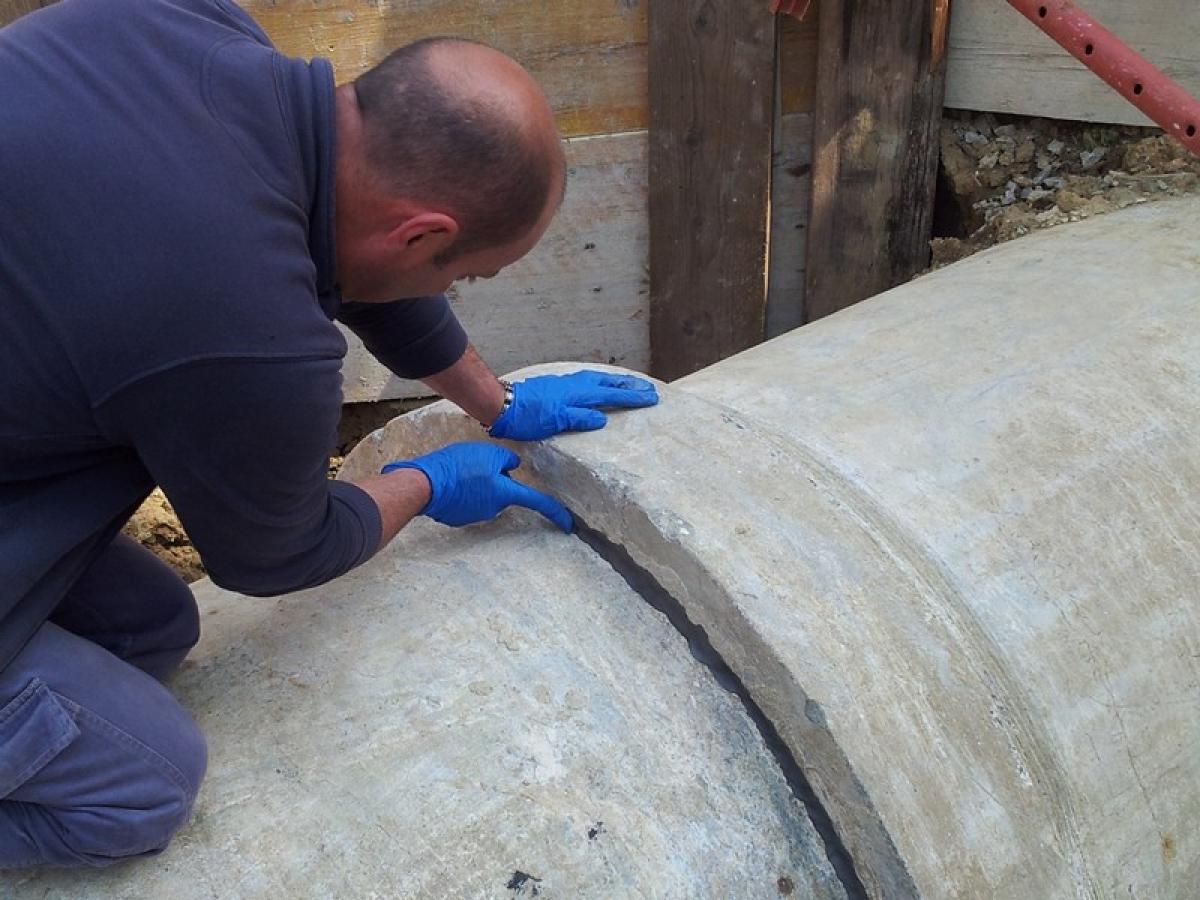 risanamento condotte, riparazione tubo rotto